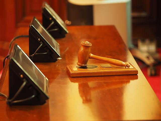 Se consolida por fin el criterio jurisprudencial sobre el cese de funcionarios interinos y su posible blindaje.